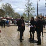 Distribution contre l'extrême droite à Aix